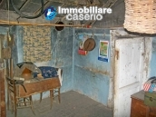 Town house for sale on one level in the centre of Tufillo, Chieti 4