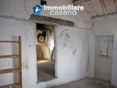 Town house for sale on one level in the centre of Tufillo, Chieti 7