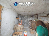 House with garden and cellars for sale in the Abruzzo region, precisely in Tufillo 12
