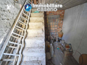 House with garden and cellars for sale in the Abruzzo region, precisely in Tufillo 16