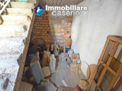 House with garden and cellars for sale in the Abruzzo region, precisely in Tufillo 17
