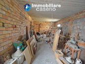 House with garden and cellars for sale in the Abruzzo region, precisely in Tufillo 19