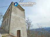House with garden and cellars for sale in the Abruzzo region, precisely in Tufillo 3