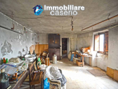 House with garden and cellars for sale in the Abruzzo region, precisely in Tufillo 4