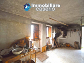House with garden and cellars for sale in the Abruzzo region, precisely in Tufillo 5
