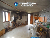 House with garden and cellars for sale in the Abruzzo region, precisely in Tufillo 7