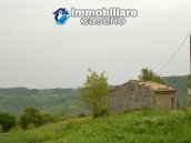 Agricultural land with stone house in Fraine, Chieti 6