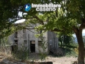Country house with 30 hectares of land in Tufillo 5