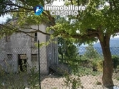 Country house with 30 hectares of land in Tufillo 6