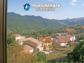 Stone town house with mountain views for sale in Fraine, Abruzzo, Italy 14