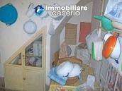 Stone town house with mountain views for sale in Fraine, Abruzzo, Italy 4