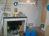 Stone town house with mountain views for sale in Fraine, Abruzzo, Italy 5