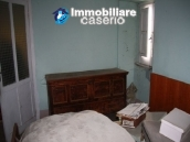 Town house on three levels located in Guilmi, Chieti, Abruzzo 10