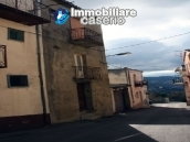 Town house on three levels located in Guilmi, Chieti, Abruzzo 3