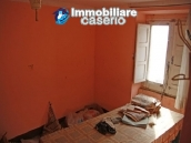 Town house on three levels located in Guilmi, Chieti, Abruzzo 7