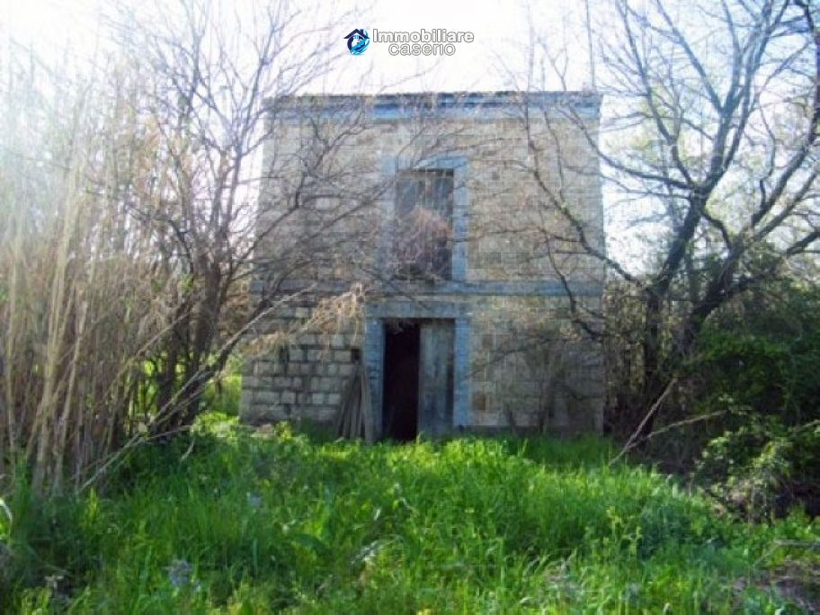 Country house with garden in Atessa, Chieti, Abruzzo