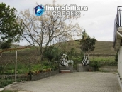 Country house in the green hills of Casoli 8