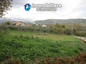 Country house in the green hills of Casoli 9
