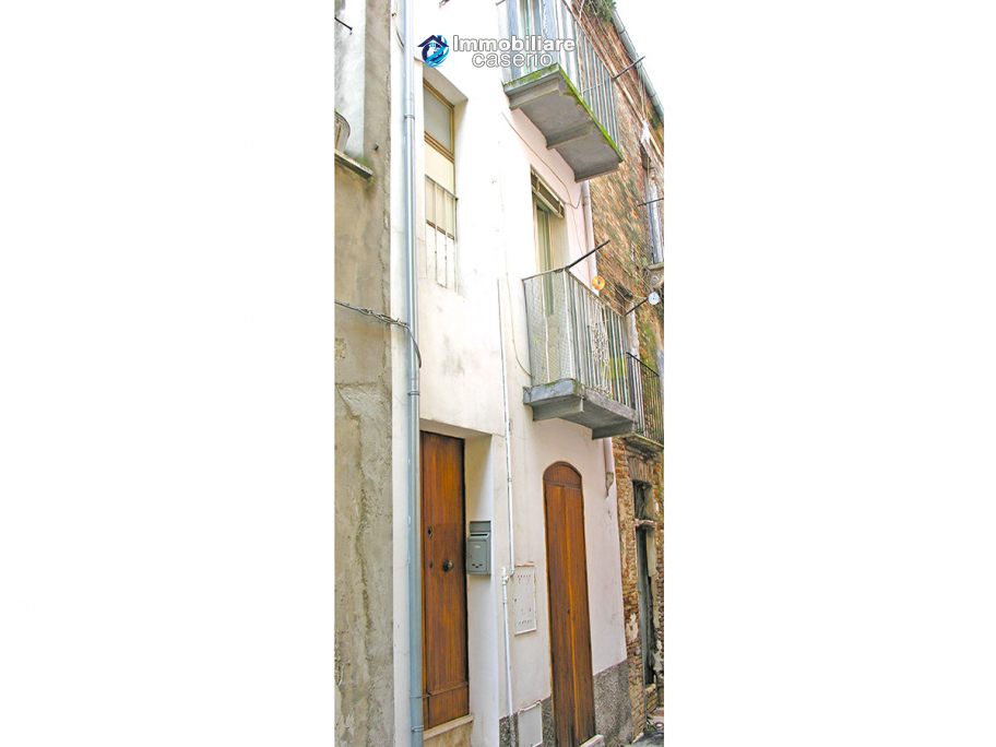 Habitable house in the old town for sale in Casalbordino, Region Abruzzo