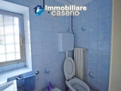 Habitable town house with garage for sale in San Buono, Abruzzo, Italy 11