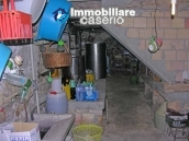 Portion of country house with land  in Schiavi d'Abruzzo 20