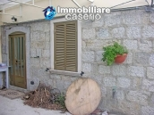 Portion of country house with land  in Schiavi d'Abruzzo 4