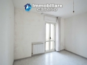 Large house with garage for sale in the Province of Chieti, village Liscia 14