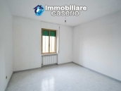 Large house with garage for sale in the Province of Chieti, village Liscia 15