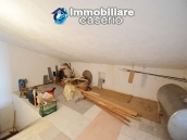 Large house with garage for sale in the Province of Chieti, village Liscia 19