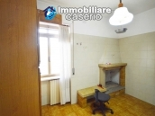 Large house with garage for sale in the Province of Chieti, village Liscia 2