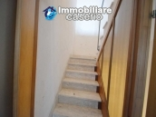 Large house with garage for sale in the Province of Chieti, village Liscia 20