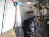 Large house with garage for sale in the Province of Chieti, village Liscia 22