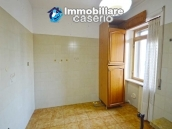 Large house with garage for sale in the Province of Chieti, village Liscia 3