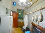 Large house with garage for sale in the Province of Chieti, village Liscia 4