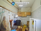 Large house with garage for sale in the Province of Chieti, village Liscia 5