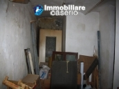 Town house in need of renovation in San Giovanni Lipioni 14