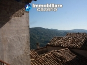 Town house in need of renovation in San Giovanni Lipioni 18