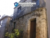 Town house in need of renovation in San Giovanni Lipioni 2