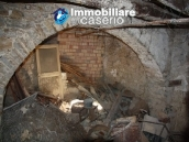 Town house in need of renovation in San Giovanni Lipioni 7