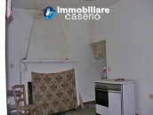 Lovely town house for sale with garden in Montazzoli, Abruzzo 10