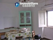 Lovely town house for sale with garden in Montazzoli, Abruzzo 11