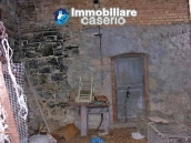 Lovely town house for sale with garden in Montazzoli, Abruzzo 15
