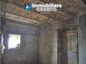 Lovely town house for sale with garden in Montazzoli, Abruzzo 16