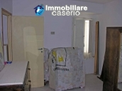 Town house on two levels for sale in San Giovanni Lipioni 2