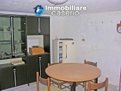 Town house on two levels for sale in San Giovanni Lipioni 7