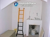 Town house on two levels for sale in San Giovanni Lipioni 8