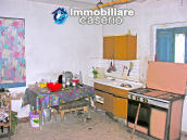 Property in Italy - Brick house with terrace for sale at Atessa 6