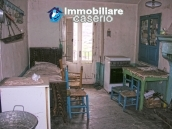 House on three levels for sale in Montazzoli, Chieti 5