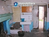 House on three levels for sale in Montazzoli, Chieti 6