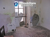 Town house on three levels for sale in Montazzoli 11